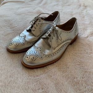 Silver banana republic Oxford shoes
